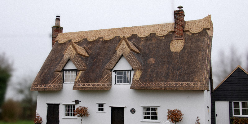 traditional thatched cottage thatched roof repair - Thatched Rood