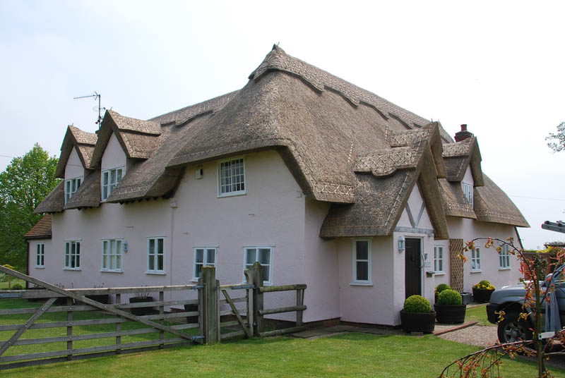 Long Straw thatched roof